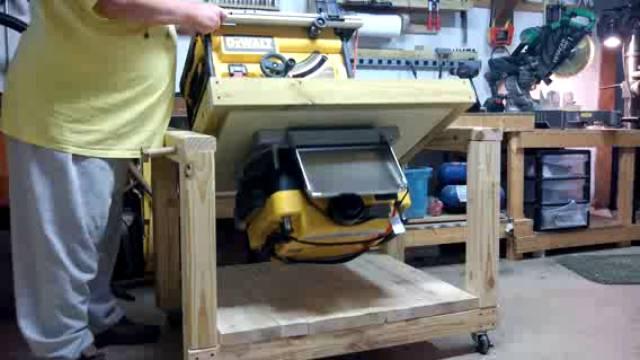 Partner desk woodworking plans 100 wood magazine computer for Flip top picnic table plans